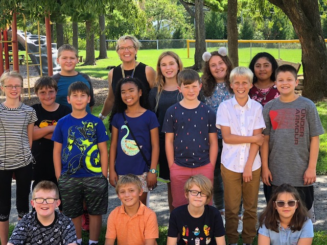 PIcture of Mrs. Weitman's class, 2018-19